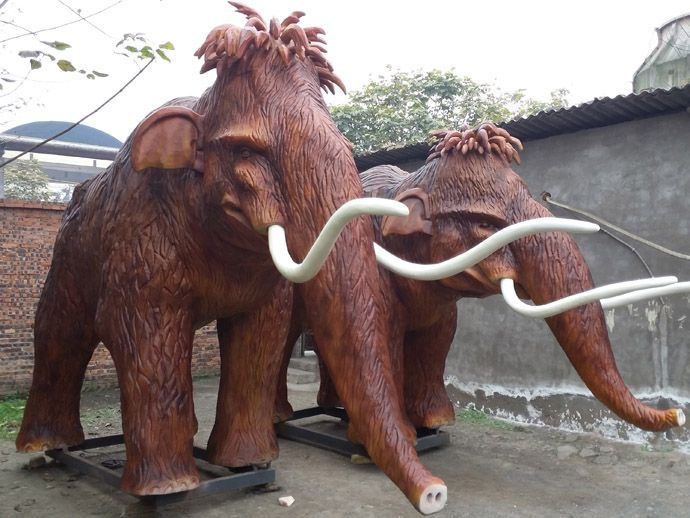 hand-made sculptured realistic animatronic mammoth