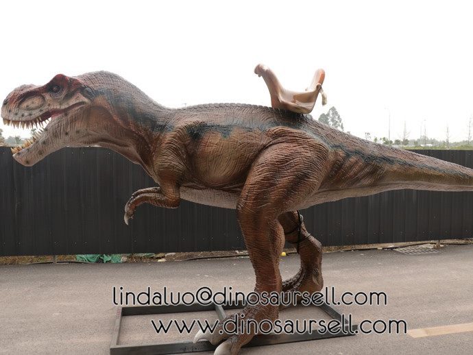New animatronic dinosaur rides for amusement park